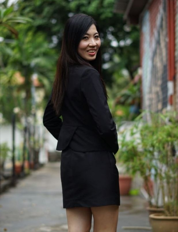 personal assistant of DFG - Sharon